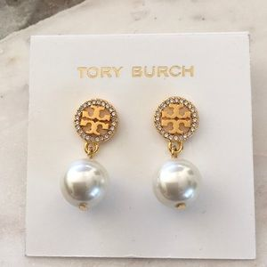 New tory burch round crystal pearl earrings